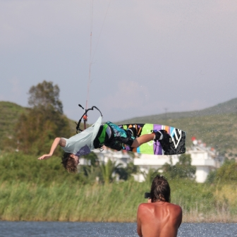 Luke Whiteside at RadicalKitesurf